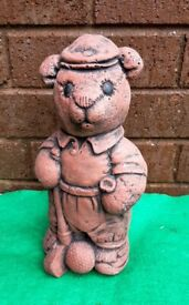 Garden ornament - teddy golfer
