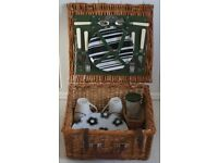 JOHN LEWIS 2 PLACE SETTING STURDY WICKER PICNIC HAMPER LITTLE USED, ONLY £20, CAN POST