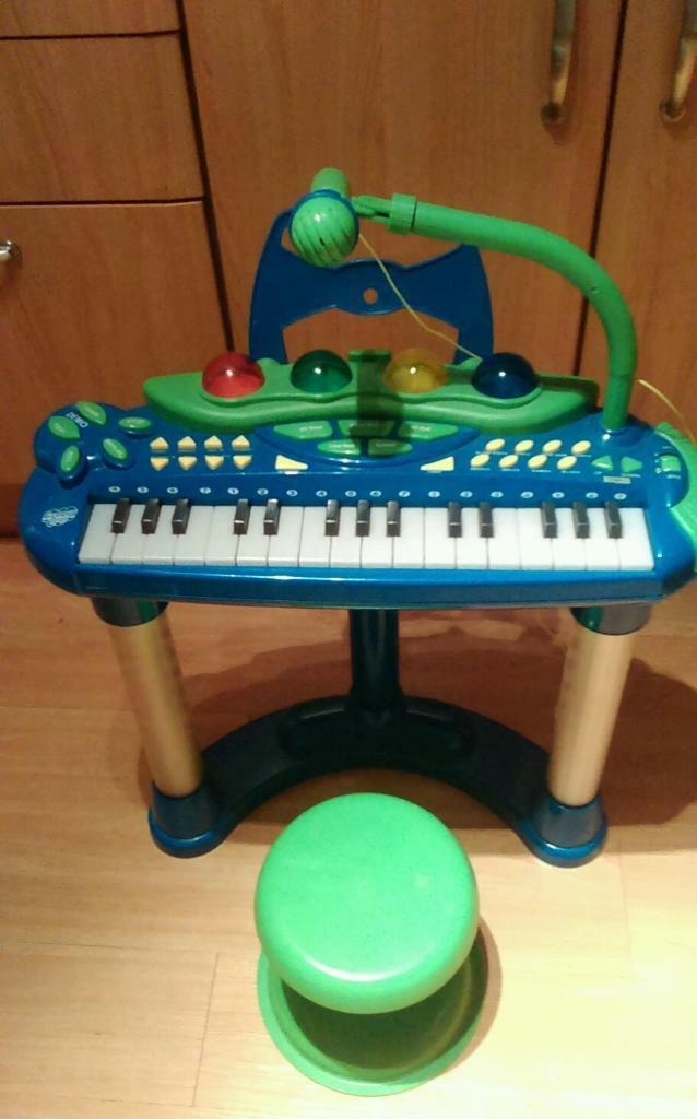 Groovy Tunes Disco Toddler Keyboard Piano Amp Stool Set In