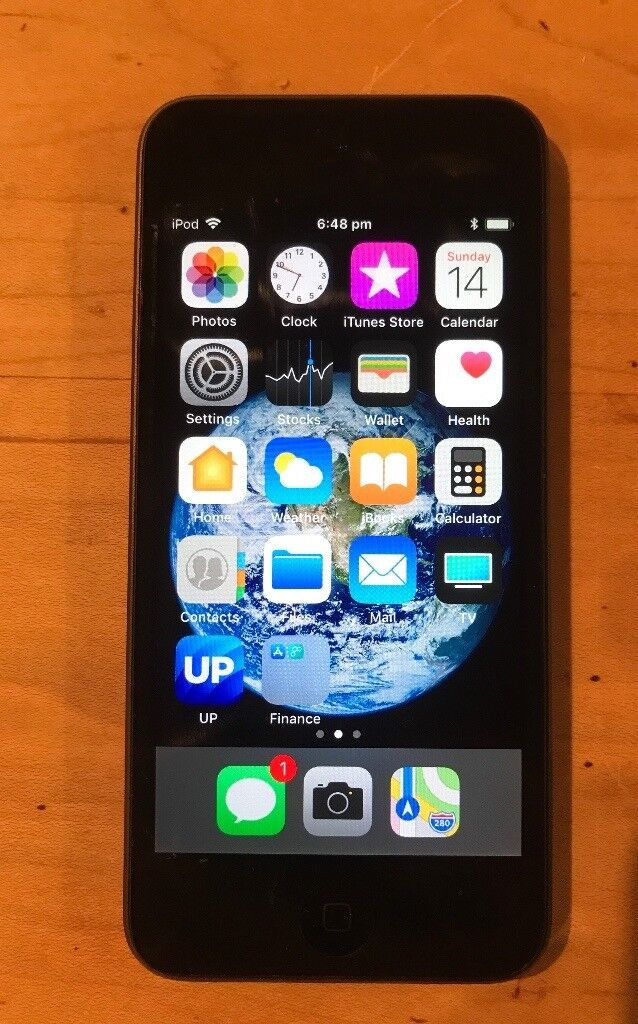 AMAZING VALUE Apple iPod Touch 5th Generation 16GB SPACE GREY