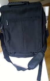 Members Large Multi-Way Laptop Carrying Bag: Backpack & Messenger Convertible, Very Good Condition