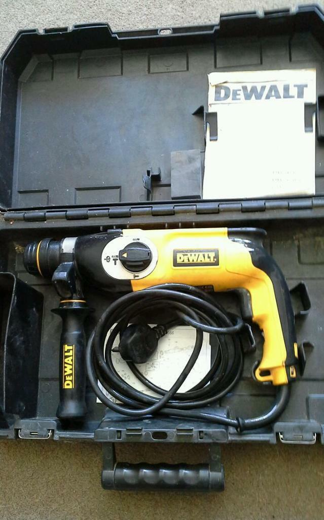 Dewalt sds hammer drillin Seahouses, NorthumberlandGumtree - Dewalt sds hammer drill, 800 watts, 240v, comes with dewalt box, good condition, 3 mode model ,no offers