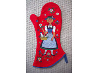 NEW reversible, brightly coloured, kitsch oven glove, mitt or pan grab. 100% cotton. Can post. £2.