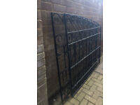 2 pairs of matching Ornate Wrought Iron Driveway Gates fit 3m/10ft entrances