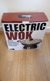Brand New Boxed Electric Wok - 1200 Watt, Non Stick Surface with Wooden Spatula