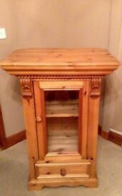 Antique pine handmade solid hifi cabinet / cabinet ex condition