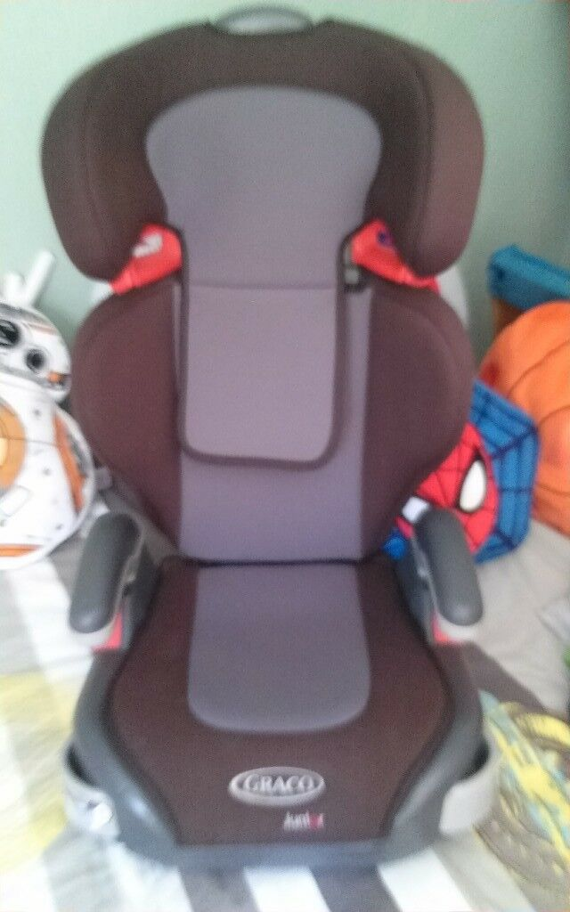 Graco Car Seat Junior With Pull Out Cup Holders