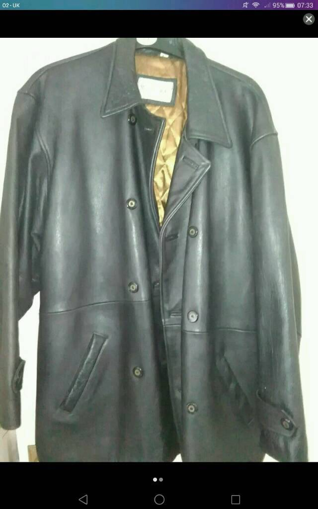 Woodlands Dark Brown Leather Jacket Largein Radcliffe, ManchesterGumtree - To be collected from Radcliffe M26 area. Genuine leather, open for offers, please email or text me with any questions. Local delivery too.Hardly worn, from a pet free, smoke free home