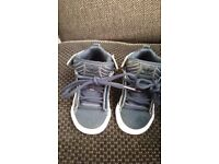 BOYS INFANT/ADIDAS NIKE AND LACOSTE TRAINERS/HI TOPS VARIOUS SIZES WORN TWICE
