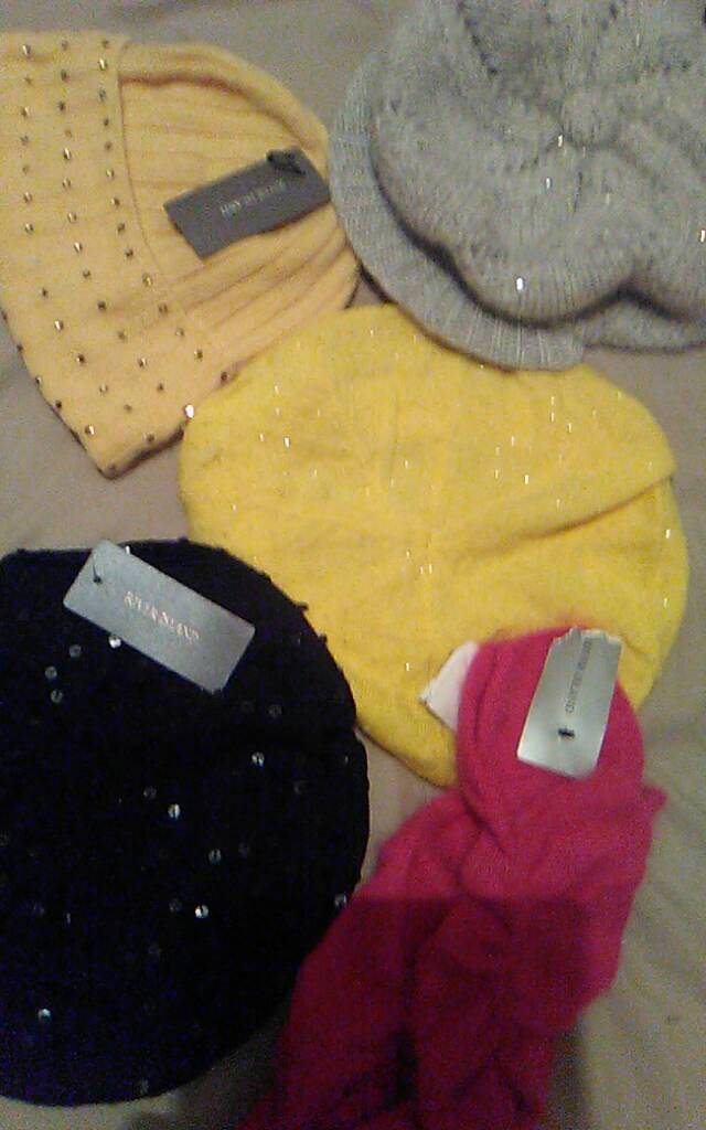 River island hats and legwarmers are all one size