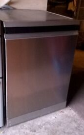 Beko.full size .silver. Dishwasher: