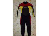 Boys/Girls ''BODYGLOVE'' Wetsuit. Age 7-9 PERFECT