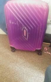 Beautiful Suitcase American Tourister