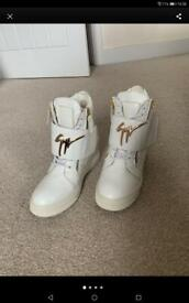Wedge trainers size 4