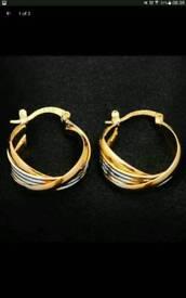 **BRAND NEW** Women's gold colour zinc alloy hoop earrings