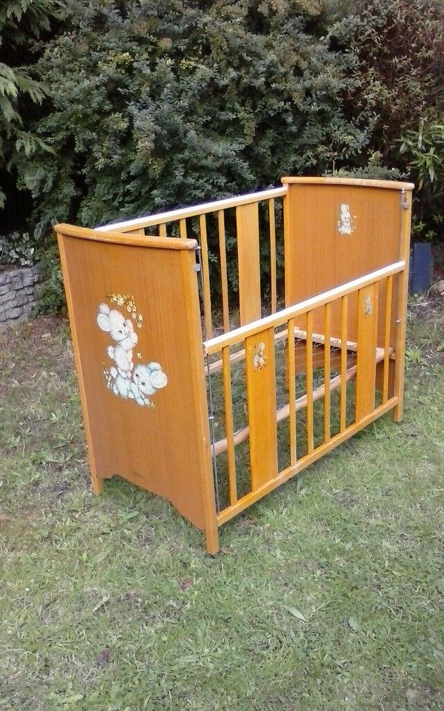 Cot, crib, Vintage