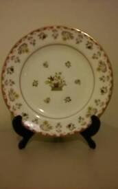 """Wedgwood """"Bianca"""" Plate"""