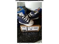 Navy converse baby size 2