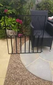 Garden hand gate