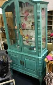 French cabinet. Daisy pitch/ Winchester