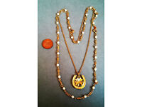 gold plated clover and horseshoe necklace