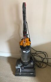 vacuum dyson DC27 cleaner hoover