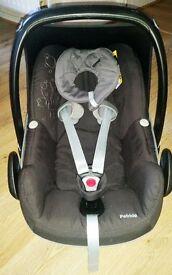 Maxi-Cosi Pebble Baby Car Seat In Black