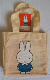 Five Miffy Books in a Cloth Carry Bag *NEW*