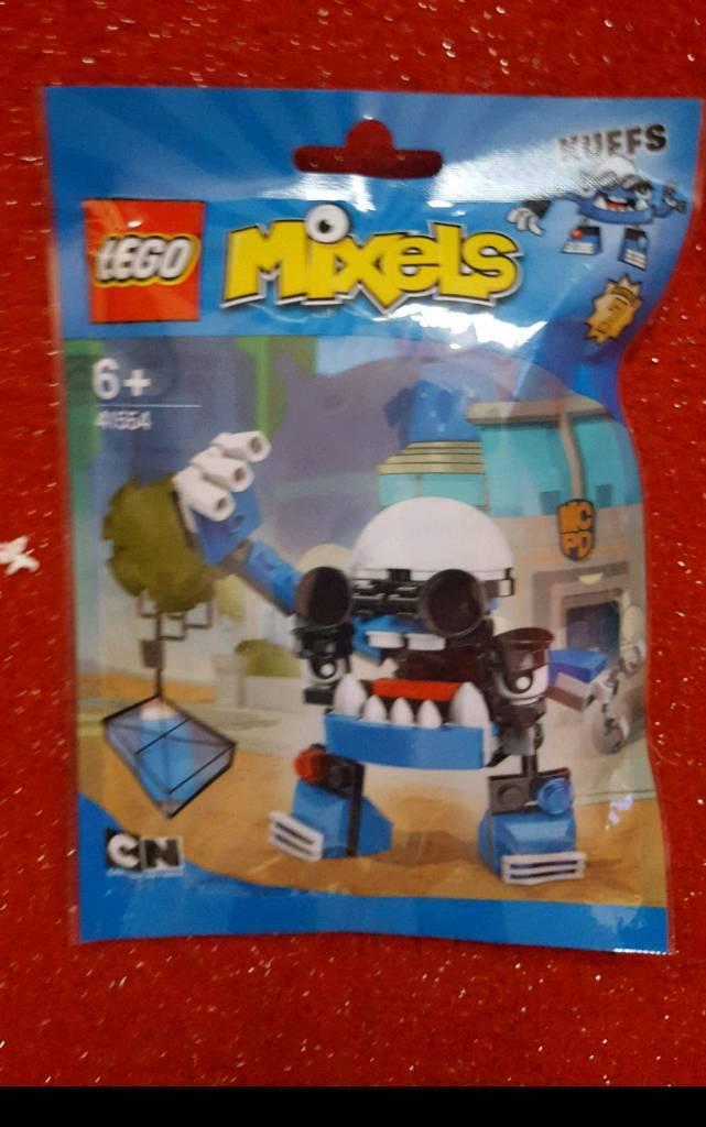 BNIB retired lego mixel Kuffs series 7 sealed bag