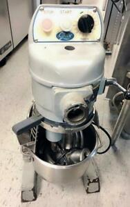 GLOBE COMMERCIAL FOOD MIXER. Restaurant Equipment, Mixer Equipment, Food Equipment, Kitchen Equipment