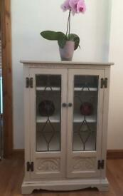 Lovely shabby chic vintage display unit/ cupboard