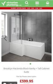 Brand new L shape right hand white bath + bath panel + glass screen