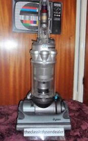 dyson DC14 animal + 3 month warranty bagless upright vacuum cleaner fully refurbished DEAL ENDS SOON