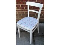 Lovely Shabby Chic Retro Style Dining/Living/Bedroom Chair Painted in Antique White Colour