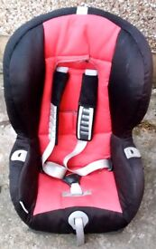 BRITAX ROMER BABY CAR SEAT - (9KG-18KG) - EXCELLENT CONDITION - £30 ONO