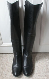 CLARKS BLACK LEATHER RIDING STYLE BOOTS £155 NEW WORN ONCE SIZE 6.5