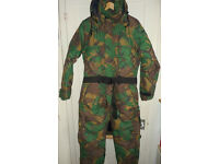 BRITISH ARMY DPM WATERPROOF INSULATED DECK CREW SUIT FISHING SUIT, SMALL.
