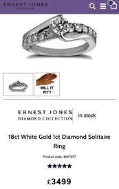 A stunning 1ct Diamond, 18ct White Gold Ring, worth £3500 rrp