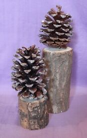 2 x Glittered Pine Cone Decorations (approx 17cm & 25 cm tall)