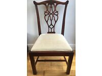 4 Chippendale chairs and dining table