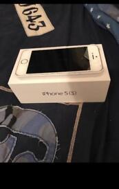 iPhone 5s (cracked)