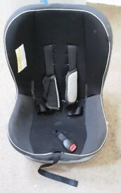 MAMAS AND PAPAS CAR SEAT GROUP 0-1 IN EXCELLENT CONDITION