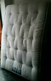 Sealy brand double mattress, 135cm x 190cm. Good quality. 20cm thick. In excellent condition.