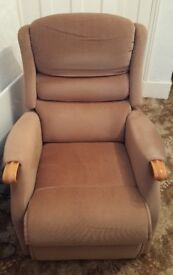 Electric Riser and Recliner Chair with remote control - Excellent Condition