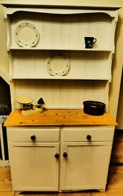 Shabby Chic Farmhouse/Welsh Dresser Vintage/Country
