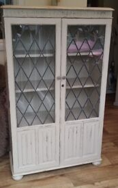 Beautiful vintage carved cupboard, display cabinet, bookcase with shelving & leaded glass in doors