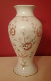 Used 2 x Pottery flower Vases