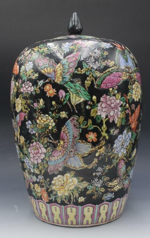 Large Vintage Chinese Porcelain Covered Ginger Jar Black Floral w/ Butterflies