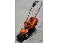 BLACK+DECKER 1200W Edge-Max Lawn Mower - 32 cm Cut/ 35 L Box