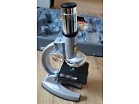 Cased microscope. Zoom 50x- 1200x